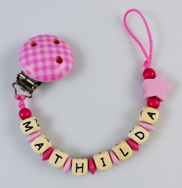 schnullerkette mit namen vichy pink babygeschenke. Black Bedroom Furniture Sets. Home Design Ideas