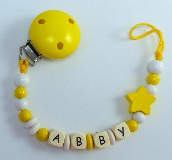 schnullerkette mit namen stern gelb babygeschenke. Black Bedroom Furniture Sets. Home Design Ideas